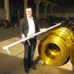 Приёмка колёс для затворных ворот гидроэлектростанции